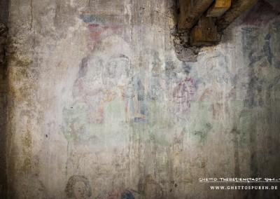 Dieses Foto zeigt einen Ausschnitt des Wandbildes in dessen Zentrum  eine besonders interessante Figurengruppe dargestellt ist. Sie zeigt die am Wettstreit beteiligten Dichter. Text: Uta Fischer © 2014, All rights reserved. Foto: © WILDFISCH