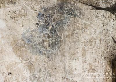 Der Mann trägt schulterlange helle Haare. Das Profil des Gesichtes ist kaum noch erkennbar. Text: Uta Fischer © 2014, All rights reserved. Foto: © WILDFISCH